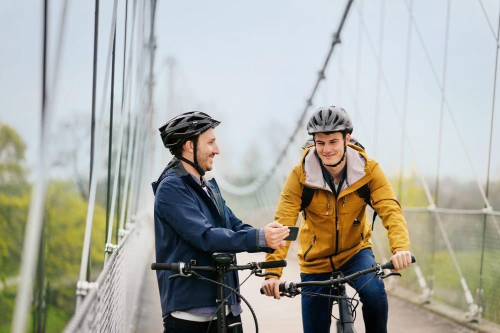 Bosch SmartphoneHub Lifestyle_bridge