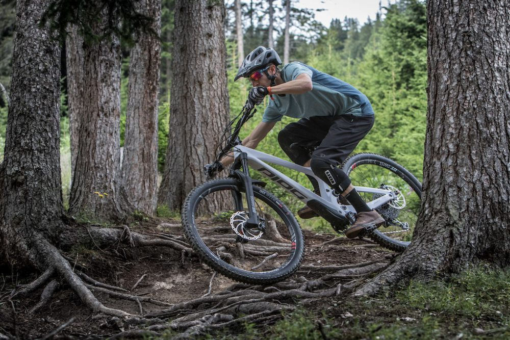 Bold Cycles UNPLUGGED VOLUME 1 - downhill akcióban