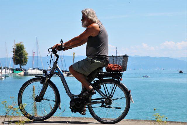 Oldschool kerékpáros_Bergamont elektromos