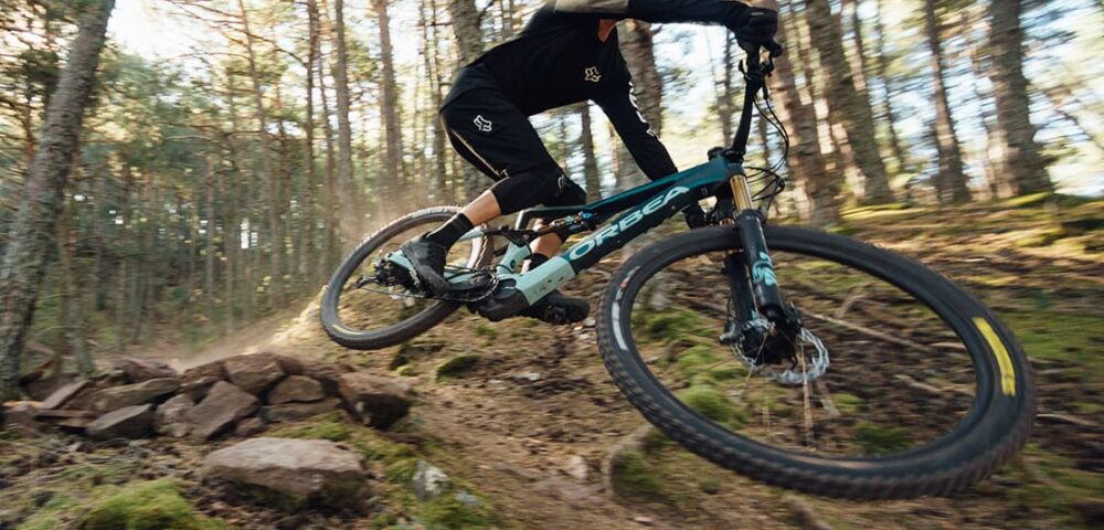 Orbea Rise M20_action2